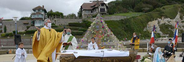 Saint Valery renoue avec la messe en plein air