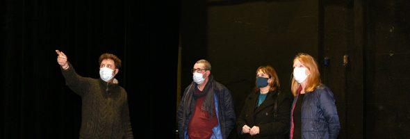 Sylvain Monnier visite le théâtre Le Rayon Vert